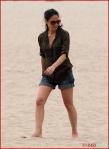 FP_5677993_MunnOlivia_Beach_EXCL_FP7_090510