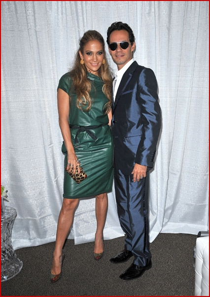 Jennifer lopez supports her man as he rocks out madison - Marc anthony madison square garden ...
