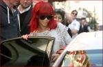 FP_5861314_ANG_Rihanna_100810