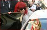 FP_5861315_ANG_Rihanna_100810