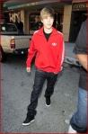 FP_5952990_Bieber_Justin_MOE_102610