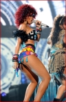 2010 American Music Awards Rihanna8