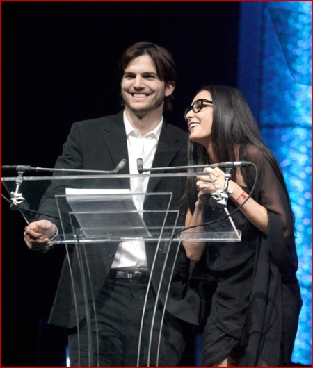 Demi Moore Ashton Kutcher 2010 Freedom Awards4