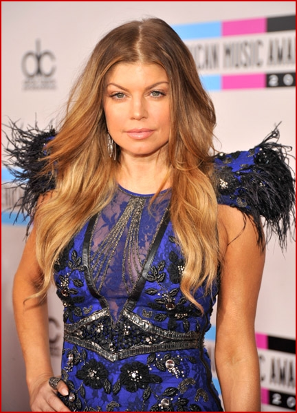 fergie 2010 american music awards3 faded youth blog