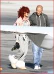 FP_6121666_Rihanna_Airport_EXCL_FP7_112210