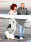 FP_6121666_Rihanna_Airport_EXCL_FP7_112210