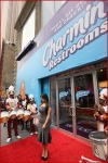 Kim Kadashian Charmin Restrooms In TimesSquare10