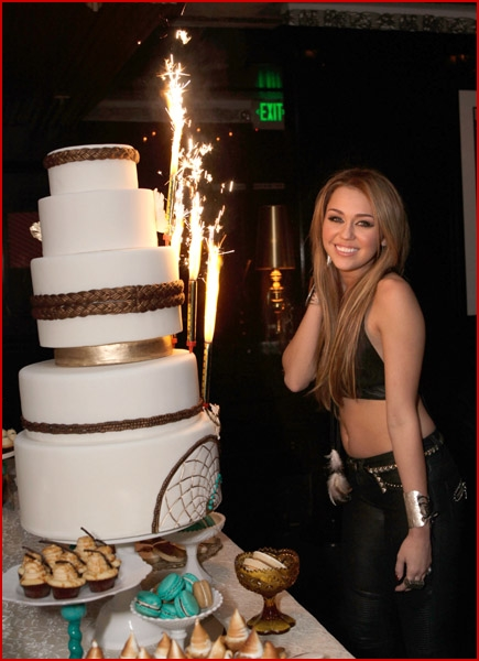 MILEY CYRUS CELEBRATES HER 18TH BIRTHDAY IN LEATHER » Miley Cyrus' 18th