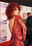 Rihanna 2010 American Music Awards3
