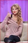 Taylor Swift visitsMuchMusic5