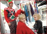 Celebrities Onboard Old Navy Awkward Holiday Photo Mobile13