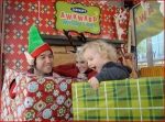 Celebrities Onboard Old Navy Awkward Holiday Photo Mobile3