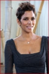 Frankie And Alice Halle Berry7