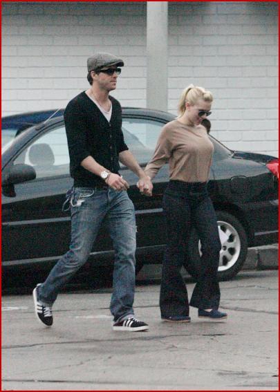 ryan reynolds and scarlett johansson split. Ryan Reynolds and Scarlett