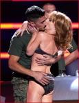 USO VH1 Divas Salute TheTroops30