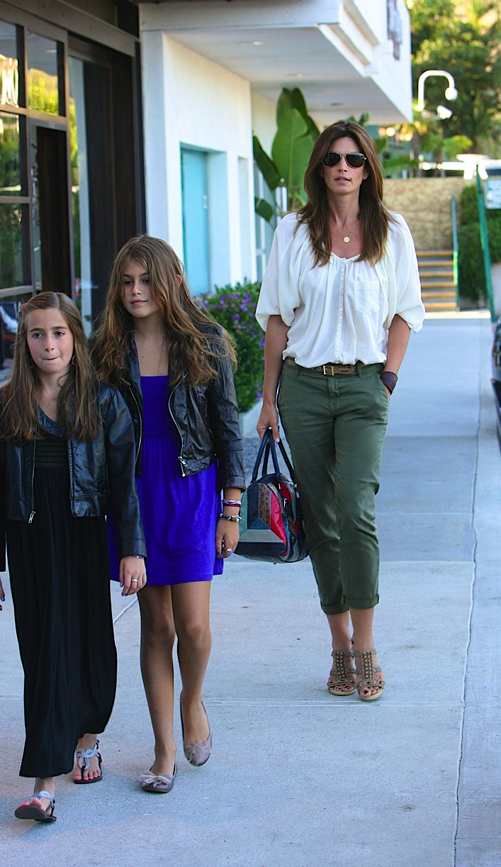 Cindy Crawford Does Sushi With The Kids Faded Youth Blog