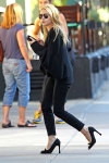 2011_Mary-Kate and Ashley Olsen leave the Bowery Hotel in New York City8_fadedyouthblog