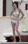 2011_Milla Jovovich topless13_fadedyouthblog