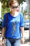 2011_Olivia Wilde heads to get lunch with a friend in Los Feliz8_fadedyouthblog