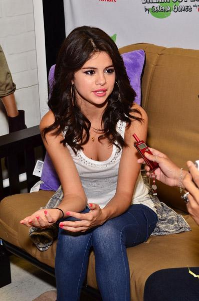 Selena Gomez In Store Appearance At Kmart S Philadelphia