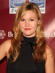 Julia Stiles attends the 2011 Skin Sense Awards Gala6